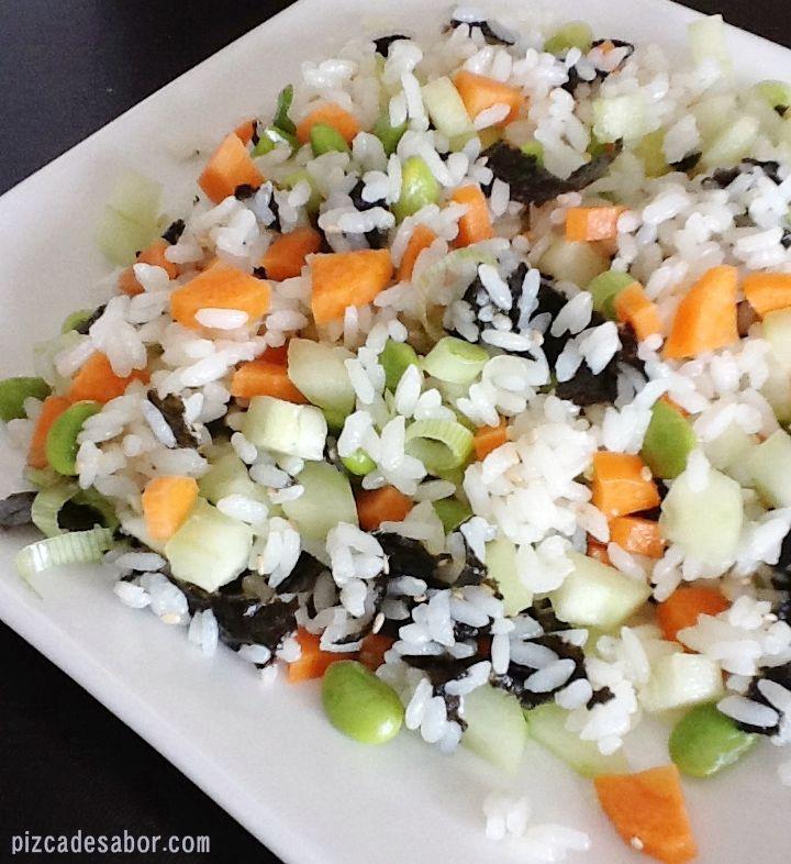 Ensalada de sushi | http://www.pizcadesabor.com/2012/06/20/ensalada-de-sushi/