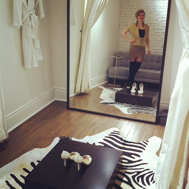 25 Best Images About Bride Dressing Room Ideas On Pinterest