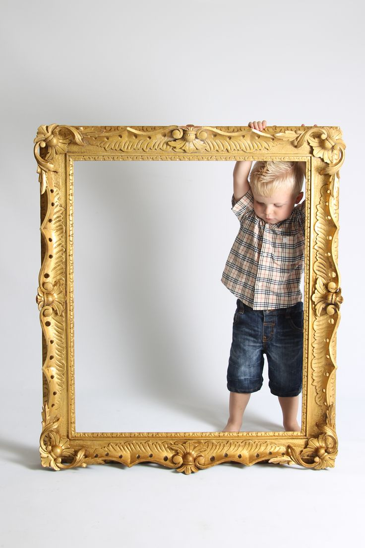 Child in frame #karensndfran