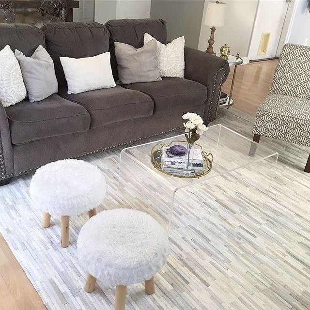 When your #livingroom finally comes together, you just want to flop down on your Navasota sofa, exhale, and take it all in. We love it, @fashionistamomma!  #myashleyhome