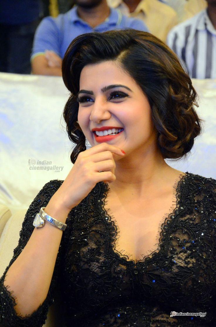 Samantha-Ruth-Prabhu-at-A-AA-movie-success-meet-(13)