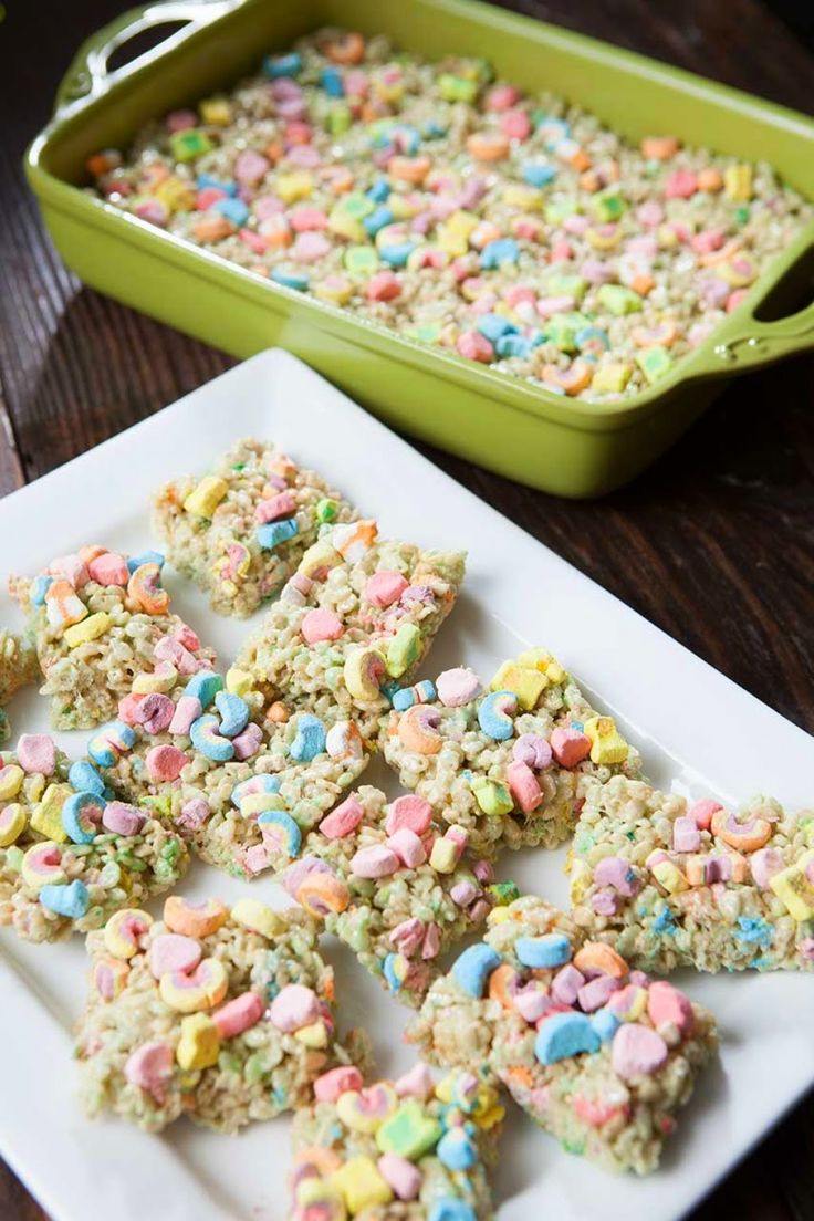 No Bake Lucky Charms Rice Crispy Bites. Fun easy recipe to use at school in the classroom or for kids when teaching them their first recipe.