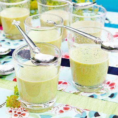 Grön ärtsoppa med chili och kokosmjölk +++++