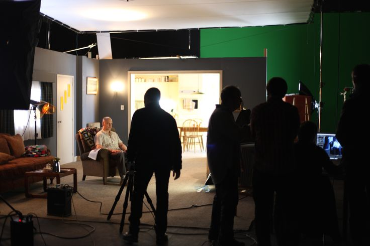 "Shooting and photo session  at Banzai Studio by Garrigosa Studio for Xifaxan 550/ Salix Pharmaceuticals campaign ""Out of the Woods"" directed at physicians whotreathepaticencephalopathy.  Agency: Cline Davis and Mann, New York Photographer: Juan Garigossa  Executive Producer: Trish McKeon Production Company: PRIMERO SEGUNDA Director: Monti Art Director: Maria Puig Postproduction / CGI: Garrigosa Studio  http://www.primerosegunda.com/es/produccion/xifaxan  www.banzaistudio.tv"