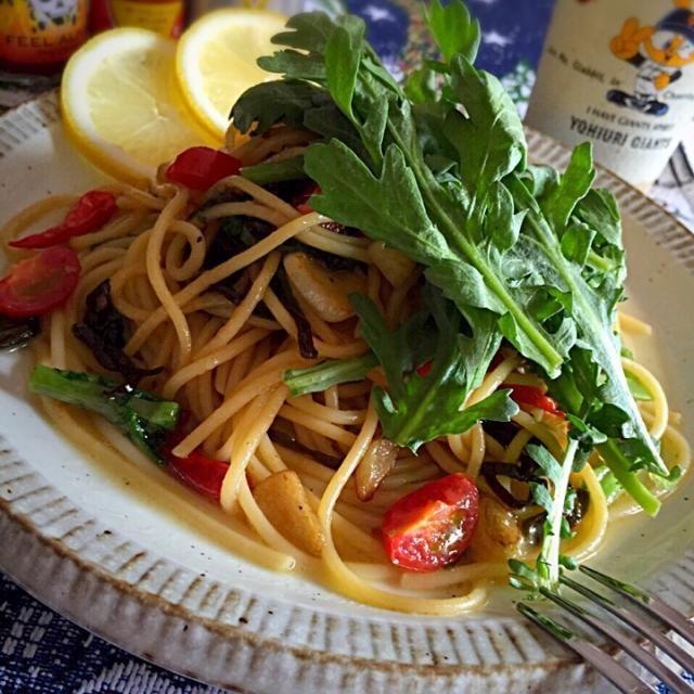 10日ぶりのパスタはkentaroさんの人気レシピで作りましたよ♪ 春菊の苦味が効いた激ウマパスタにただただ感服しまつた(*´▽`V=人☆パチパチ - 414件のもぐもぐ - Kentaro Kayamaさんの料理 「THE 春菊」さすがプロの人気レシピ♪ 激ウマだよー! by tetsu333