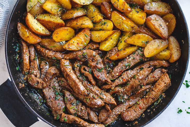 Garlic Butter Steak and Potatoes Skillet – This easy one-pan recipe is SO simple and SO flavorful. Juicy steak and crisp-golden potatoes are pan-seared and cooked to perfection with a lusciou…