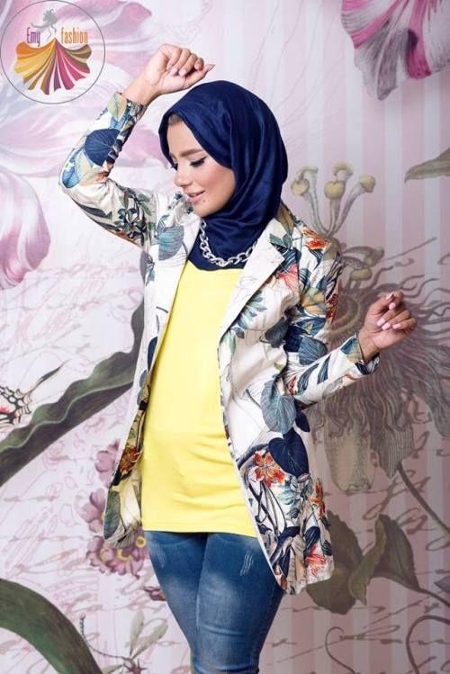floral blazer hijab look, Long kimono hijab by Emy fashion http://www.justtrendygirls.com/long-kimono-hijab-by-emy-fashion/