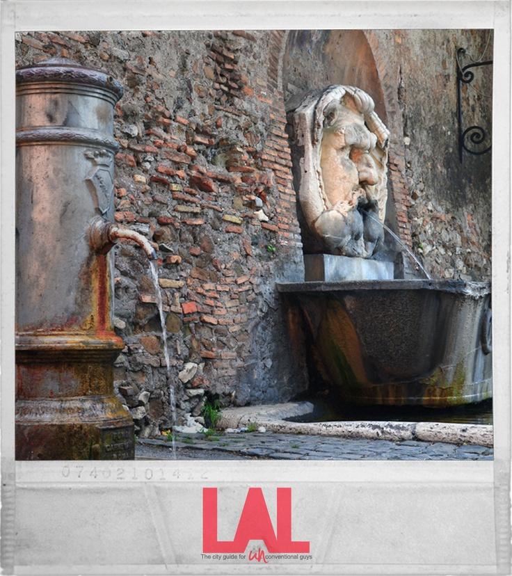 """- Nasoni e bocche romane - """"Bastano le #fontane per giustificare un #viaggio a #Roma"""". Sin dall'antichità, l'#acqua e le fontane hanno fatto parte del #patrimonio #artistico e #culturale di Roma. #LAL #City #Guide #Roma - """" #Scatti #Inediti """""""