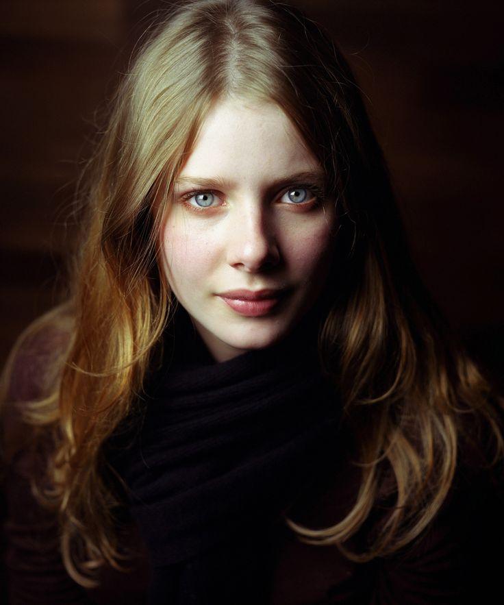 Rachel Clare Hurd-Wood - ElAfter.com