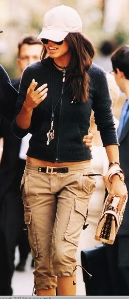 I love khaki capri pants, Spring, Summer & Fall my favorite seasons.....