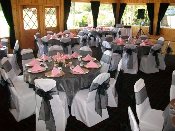White Chair Covers And Tablecloth With Organza Sashes