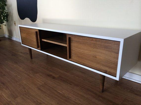 Kasse TV Stand in White / Teak combo
