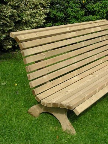 http://www.owenchubblandscapers.com/blog_images/wp-content/uploads/2009/11/Classic-Bench-4.JPG