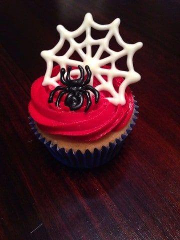 cupcakes del hombre araña para niños
