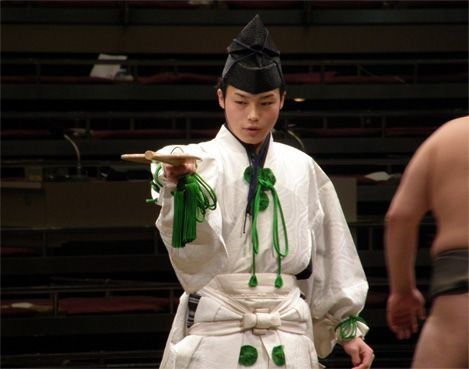 Gyoji(行司) / sumo(相撲)/ 直垂 ひたたれ