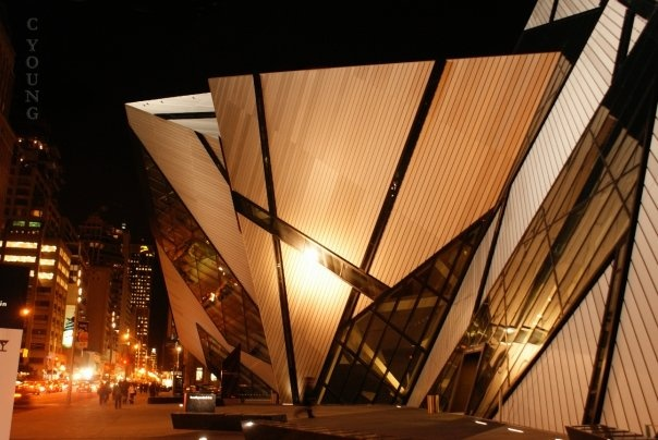 Royal Ontario Museum at Night - C YOUNG Photography ... #Photography #Toronto #Architecture #ROM