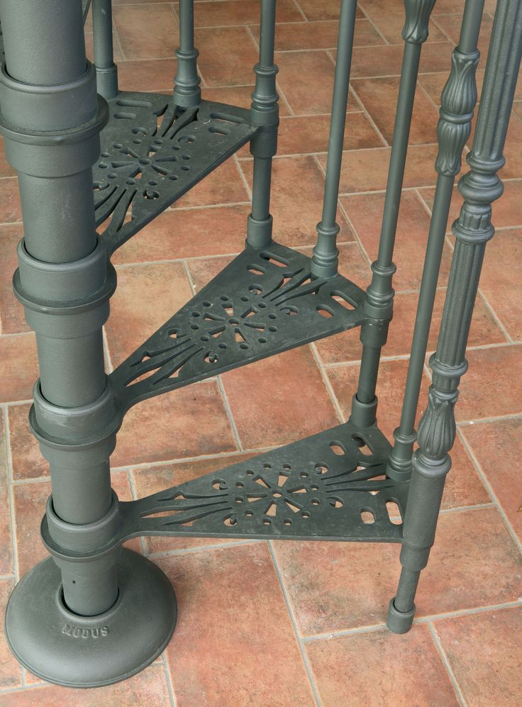 Cast-iron spiral staircases – Ø 105 cm –   Balusters with floral ornament http://www.modus.sm/en/products/spiral-staircases/cast-iron-starcases/special-projects/stairs-with-diameter-on-request/nd.asp?ID0=1291&ID0_=1291&ID1=1314&ID1_=1314&ID2=2625&ID2_=2625&ID3=2291&ID3_=2291&ID4=2293&IDProdotto=2868&L=EN #Modus #ModusStaircase #indoorfurniture #inspiration #castiron #staircase #spiralstaircase #ghisa #scaleachiocciola #design #interiordesign #specialproject #follow