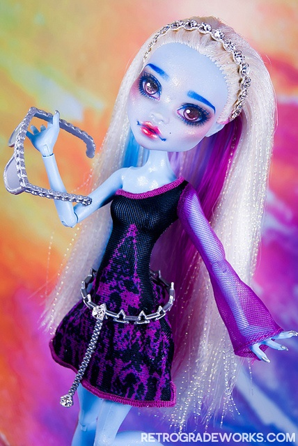 Custom Monster High Abbey - 'Elecia'