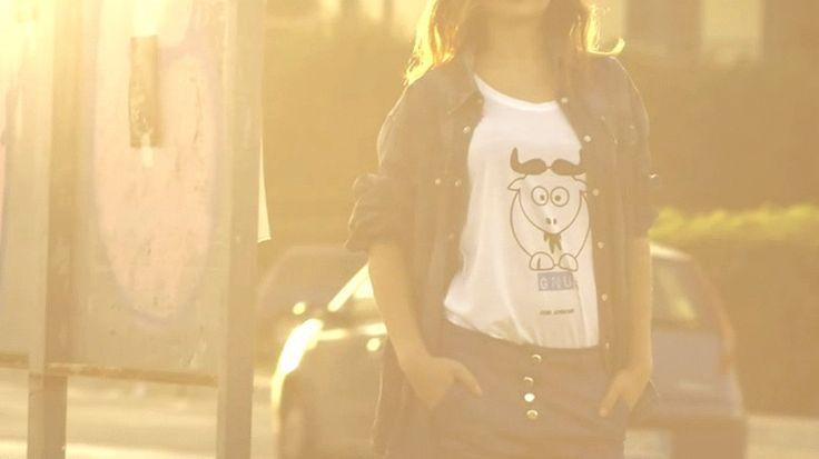 Produzione: www.officinacreativa.us        Brand: www.gnujeans.com      #samsungnx300 #samsungsmartcamera #jeans #fashion #girls #takumar #video #fashionfilm