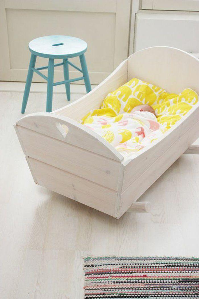 berceau bébé design contemporaine en bois clair