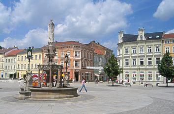 Markt mit Heinrichsbrunnen in Meiningen