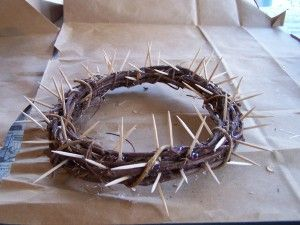 Crown of Thorns using a grapevine wreath and toothpicks