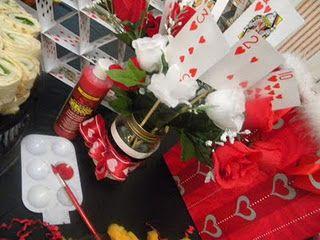 Queen of Hearts Table http://littlemissinc.wix.com/littlemissweddings