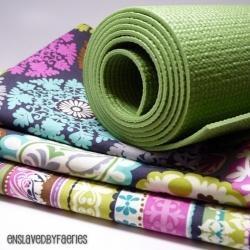 DIY Yoga Mat Bags - Free Patterns & Tutorials