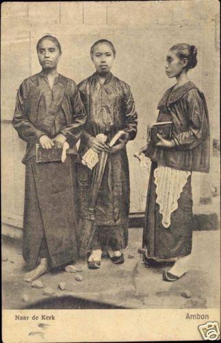 Ambonese women going to church, Maluku. Date unknown.