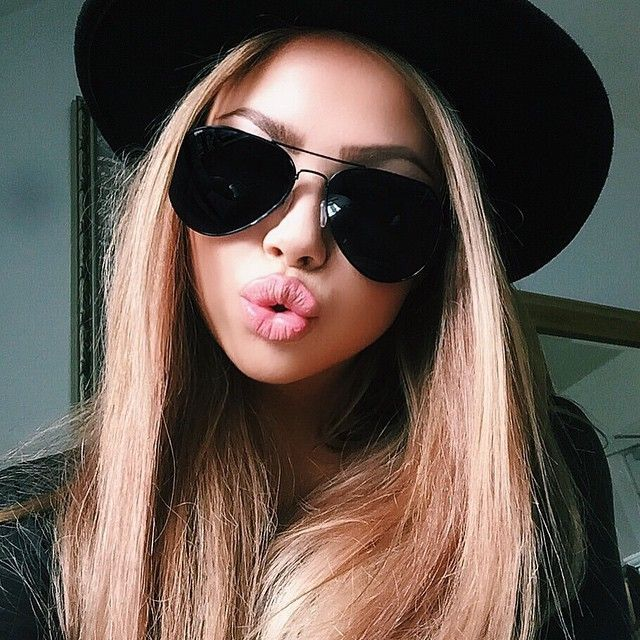 black aviators More Women Fashion, 2015 Ray, Sunglasses Outlets, Fashion Style, Beautiful, Posts, Eyewear, Ray Ban Sunglasses, Accessories Beauties, Fashionistas, All things Fashion!!