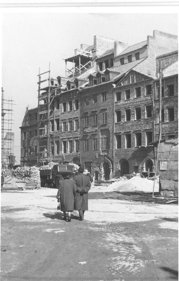 Rynek Starego Miasta. około roku 1955   Arktour WHU Arkadiusz Żołnierczyk