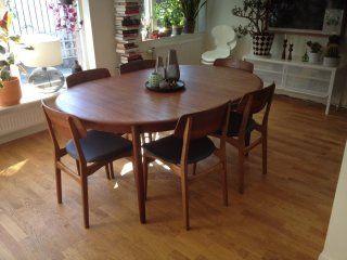 Danskt designat matbord i teak. Runt, stort | Stockholm