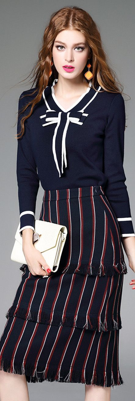 Love this whole nautical look! Modern vintage with a sailor twist.
