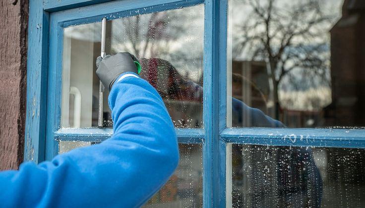 Le produit miracle pour nettoyer vos fenêtres en PVCnoté 3.1 - 45 votes Beaucoup de personnes ont des fenêtres en PVC. Celles-ci sont solides dans le temps, résistent bien aux chocs et permettent de garder une excellente isolation thermique mais l'encadrement blanc tendance à jaunir assez facilement. Pour retrouver la blancheur éclatante du matériel, il …