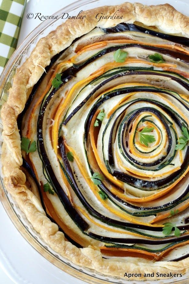 Spiral Vegetable Ricotta Pie by apronandsneakers #Pie #Vegetable #Ricotta