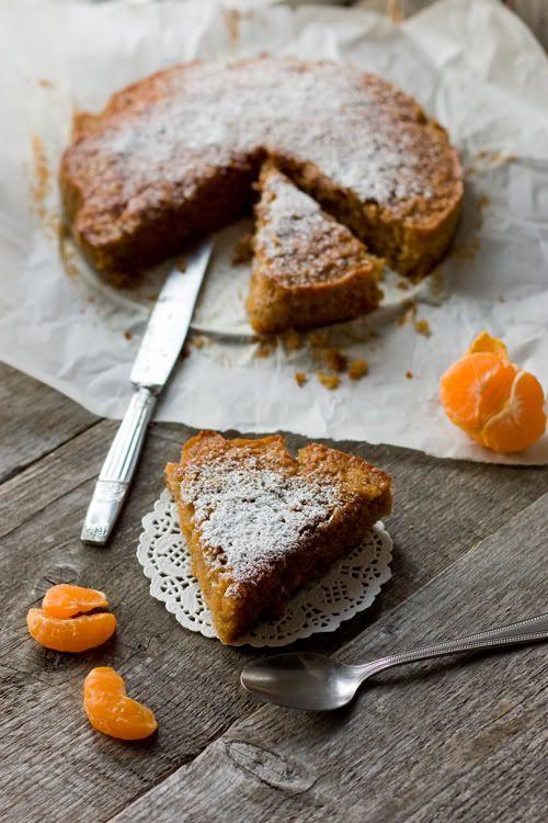 christelle is flabbergasting : blog de recettes de cuisine, bonnes adresses à Montréal: Gâteau à la farine de châtaigne et clémentine