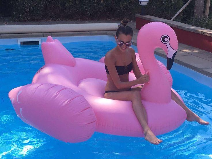 Großer XXL Aufblasbarer Flamingo als riesiges Sofa, Badeinsel, Bett für Pool, Strand, Party und Urlaub