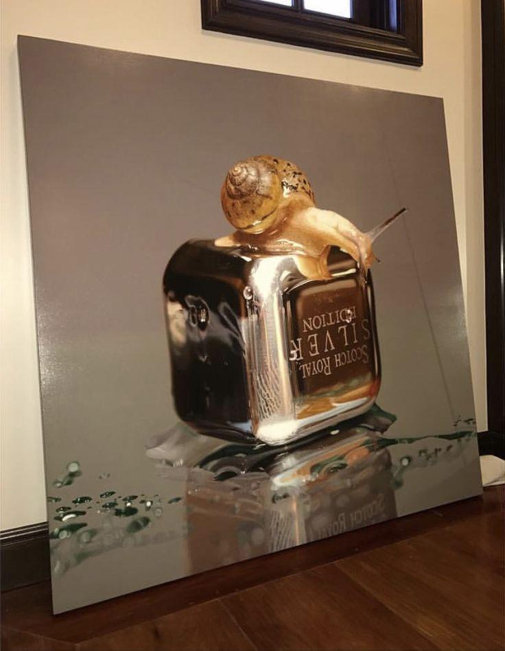 Collector's shot from New Zealand^^ #김영성 #극사실 #하이퍼리얼리즘 #달팽이 #유화 #미술관 #극사실주의 #개구리 #현대미술 #YoungsungKim #ykim #Hyperrealism #hyperrealistic #oil #painting #drawing #contemporary #art #handpainted #environment #frog #snail #insect #goldfish #newzealand #sculpture #museum #artgallery #redseagallery #brisbane