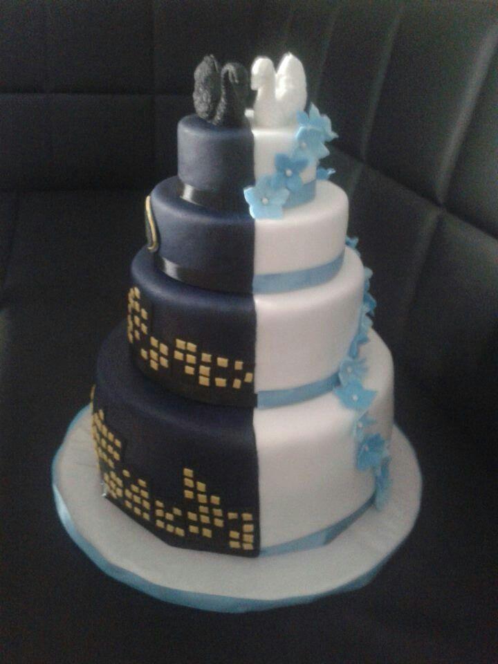 Halloween party decoration - Hochzeitstorte Batman Torte Sarah Pinterest Torte And Batman