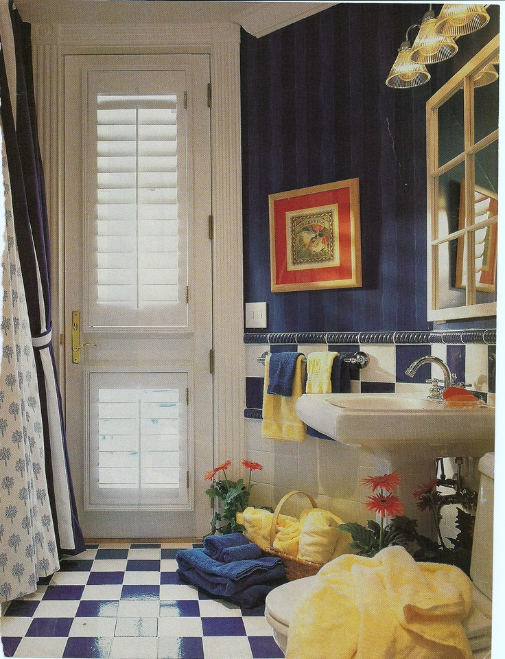 Bathroom   red white   blue   great for a cabana bath. 17 Best images about Cabana Bath on Pinterest   Towels  Wire