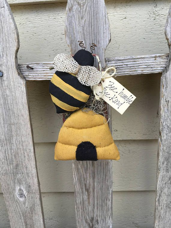 HONEY BEE and HIVE  Primitive Summer Hanger on Rustic Grater