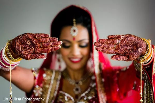 Indian Bride Poses Ideas