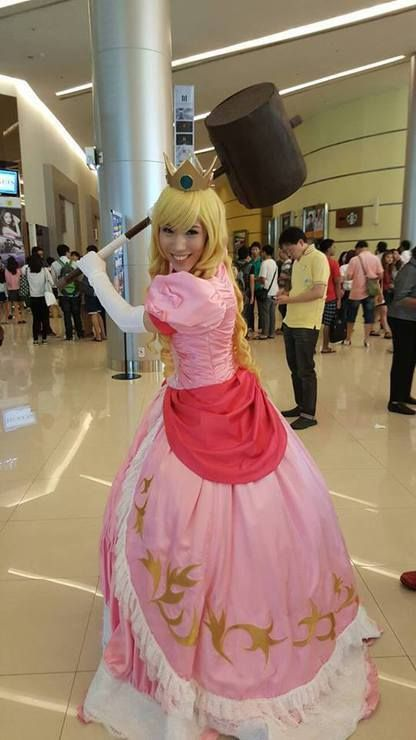Princess Peach - ChibiFanGirl(Hikari) Princess Peach Cosplay Photo - Cure WorldCosplay