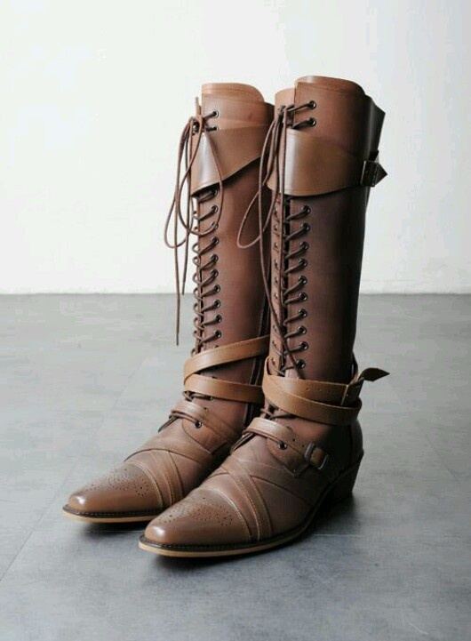 Sweet Medieval Boots Gimme Gimme Clothing Nerdery