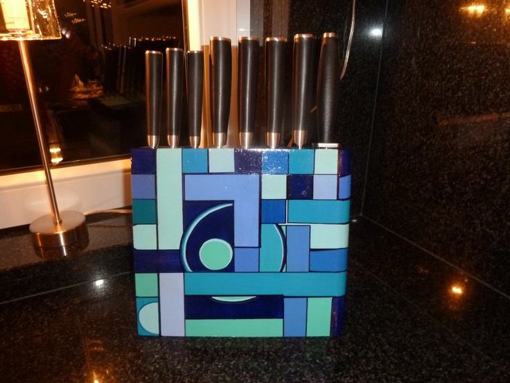 Beschilderd messenblok met Acrylverf.