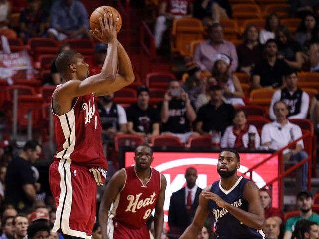 Heat beats Pelicans 94-88 as Chris Bosh has big game