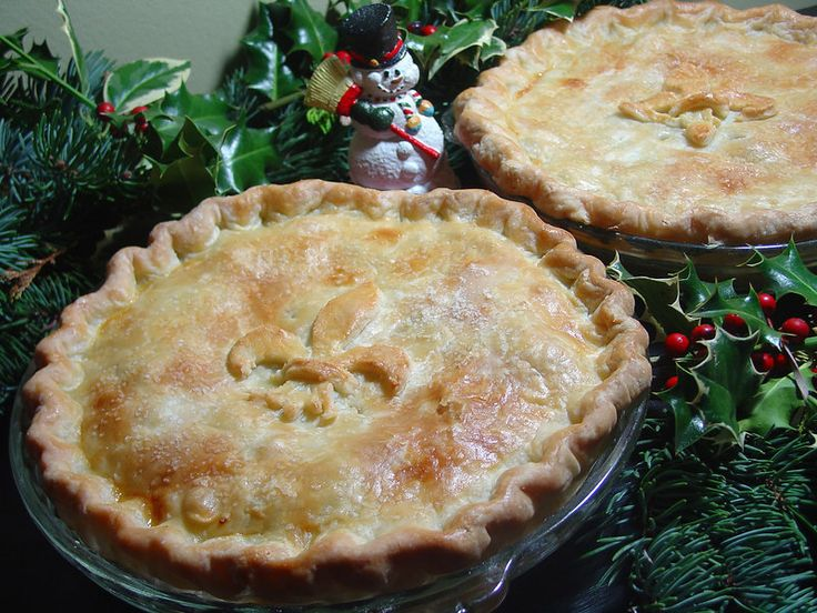 Thibeault's Table: Traditional Christmas Eve Tourtiere