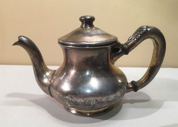 Vintage The Walingford Silver Plate Coffee/ Tea Pot Beehive Cafe Hotel Quality  #THEWALLINGFORD #WALLINGFORD #BEEHIVECAFE #SILVERPLATETEAPOT #TEAPOT #HOTEL #HOTELTEAPOT