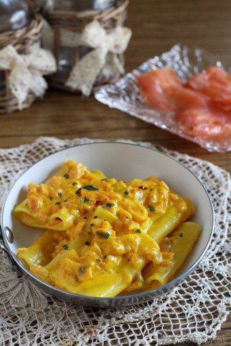 Paccheri al salmone cremosi con zafferano Dulcisss in forno by Leyla More