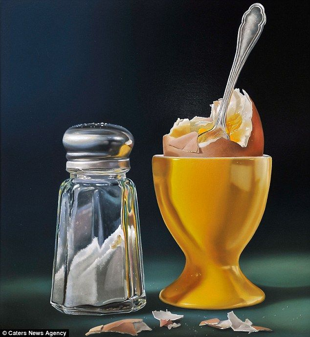 Dutch artist Tjalf Sparnaay uses his style of 'mega-realism' to create incredibly life-like pictures of desserts and other food.